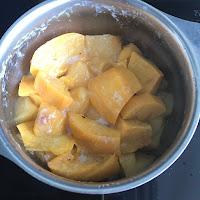 Morceaux de fruits après cuisson
