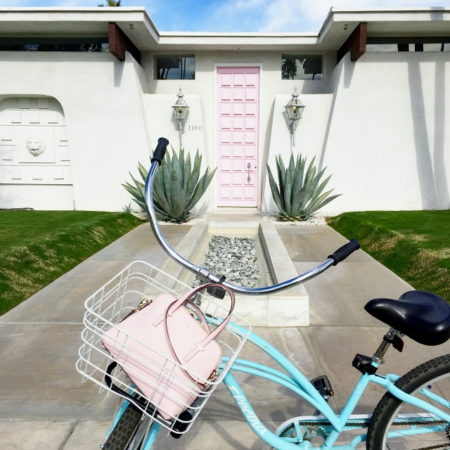 That Pink Door Palm Springs- colourful travel diary, where to eat, what to do,