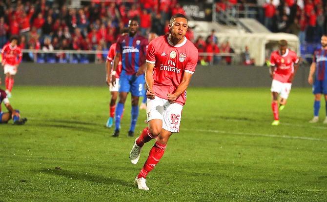 Benfica Carlos Vinícius