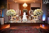 casamento com cerimônia na igreja são joão bastista em porto alegre e recepção na casa vetro com cerimonial e decoração elegante sofisticada luxuosa por life eventos especiais mesa de doces