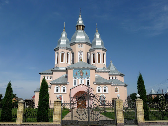 Лужаны. Свято-Вознесенская церковь. 2014 г