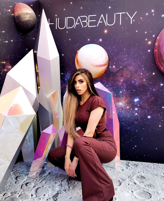 SAVANA RAE BEAUTY BLOGGER AT THE FIRST EVER HUDA BEAUTY POP UP EVENT IN LONDON'S COVENT GARDEN
