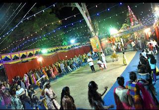 कालिका माता मंदिर पर गरबों संग हो रही माता की भक्ति