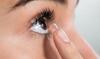 Tipe orang tidak cocok menggunakan lensa kontak