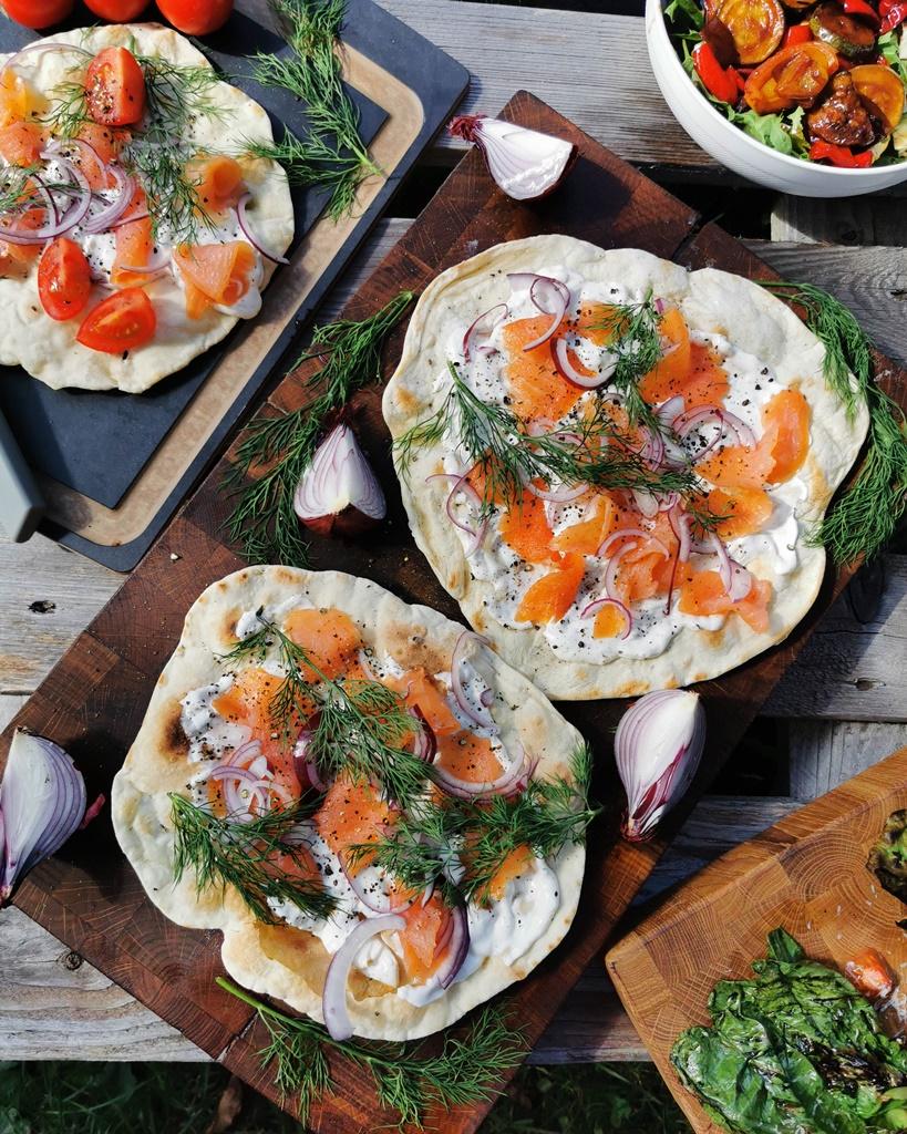 placki-z-ciasta-z-pomaranczowym-lososiem