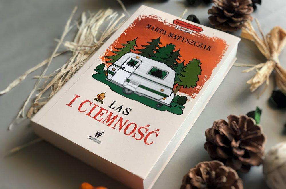 Las i ciemność książka