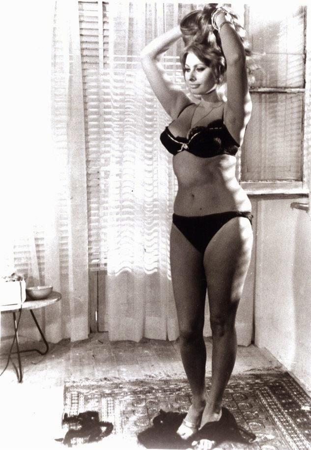 Yesterday Today And Tomorrow >> Sophia Loren: Stupenda! | The Scott Rollins Film and TV Trivia Blog
