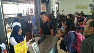 Jakarta Banjir, Jadwal Kereta Di Stasiun Cirebon Terganggu