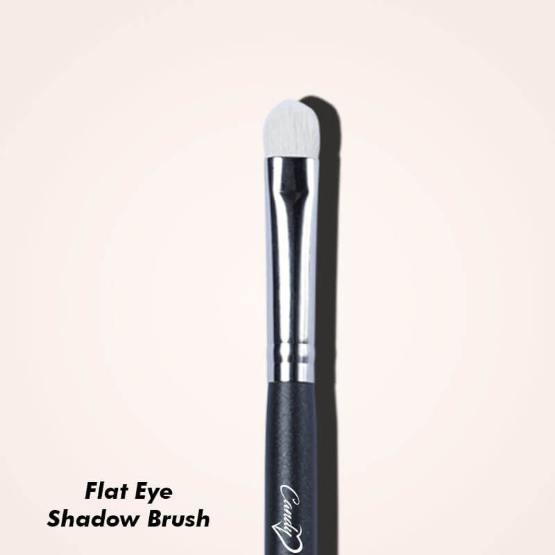 The Eye Makeup Brushes You Need for Professional Finishing - Flat Eyeshadow Brush