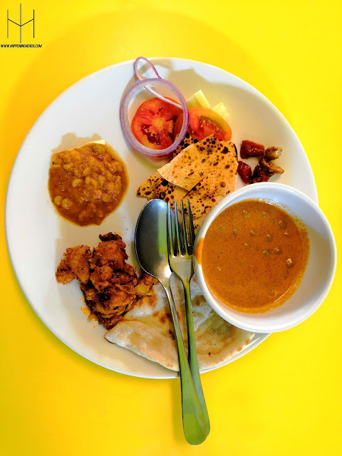 circle restaurant, bella express, halal, halal food, halal restaurant, pattaya, thailand, amazing thailand, food review, blog, blogging, bloggers, buffet, halal buffet, food bloggers, indian bloggers, happening heads, #AmazingThailand, #HHinThailand, TAT New Delhi, TAT India, #HappeningHeads