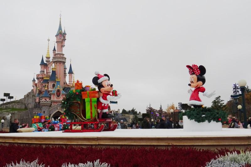 Mickey et Minnie chateau