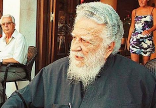 Πέθανε ο παπάς που είχε κηδέψει τον Καζαντζάκη – Είχε περάσει στρατοδικείο, τι έλεγε σε συνέντευξή του