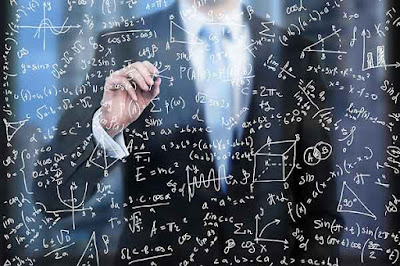 من الأفضل في صناعة القرار ؟ البشر ام الخوارزميات ؟