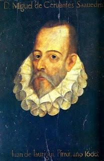 La famosa imagen de Cervantes: frente despejada, nariz aguileña, barba y largos bigotes canosos, traje negro y golilla en el cuello.