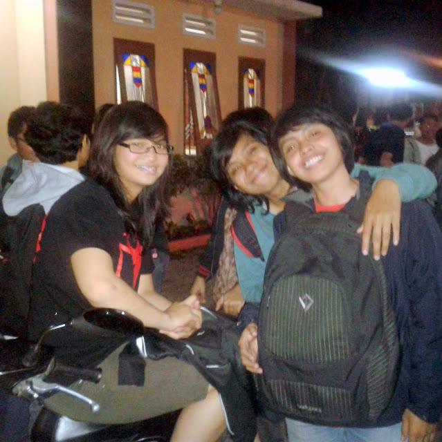 Orang Muda Katolik Dalam Warna Indonesia