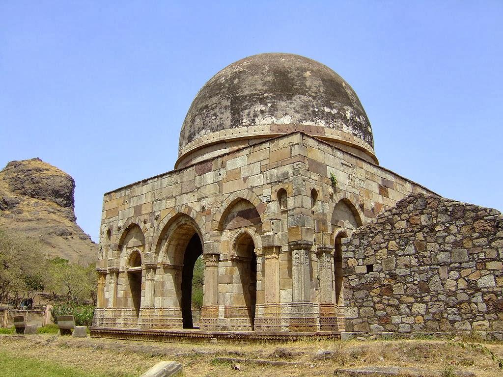 Sakar Khan Dargah, Champaner