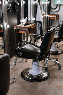 Gratuities are expected in many services. This includes barbers and hair stylists. The amount varies, but when we feel cheated, we find someone else.