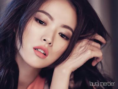 Chun Woo Hee Laura Mercier