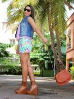 http://www.stylishbynature.com/2013/11/fashion-staple-distressed-ripped-denim.html