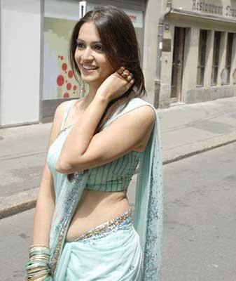 Unmarried mausi ka choot ki seal todi | Savita bhabhi ki antarvasna ...