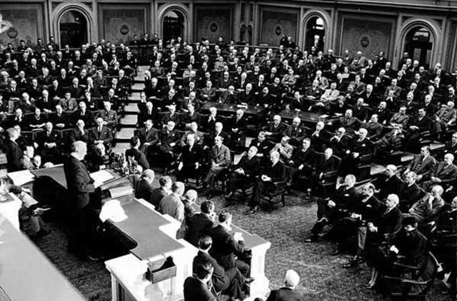 President Roosevelt gives his State of the Union speech, 6 January 1942 worldwartwo.filminspector.com