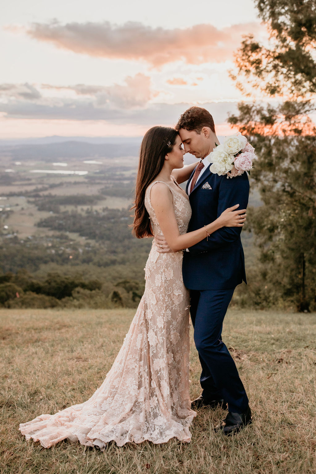 LOVE STORY: JESSICA + SAM   FORGET ME NOT COTTAGE VOW RENEWAL TAMBORINE MOUNTAIN QLD