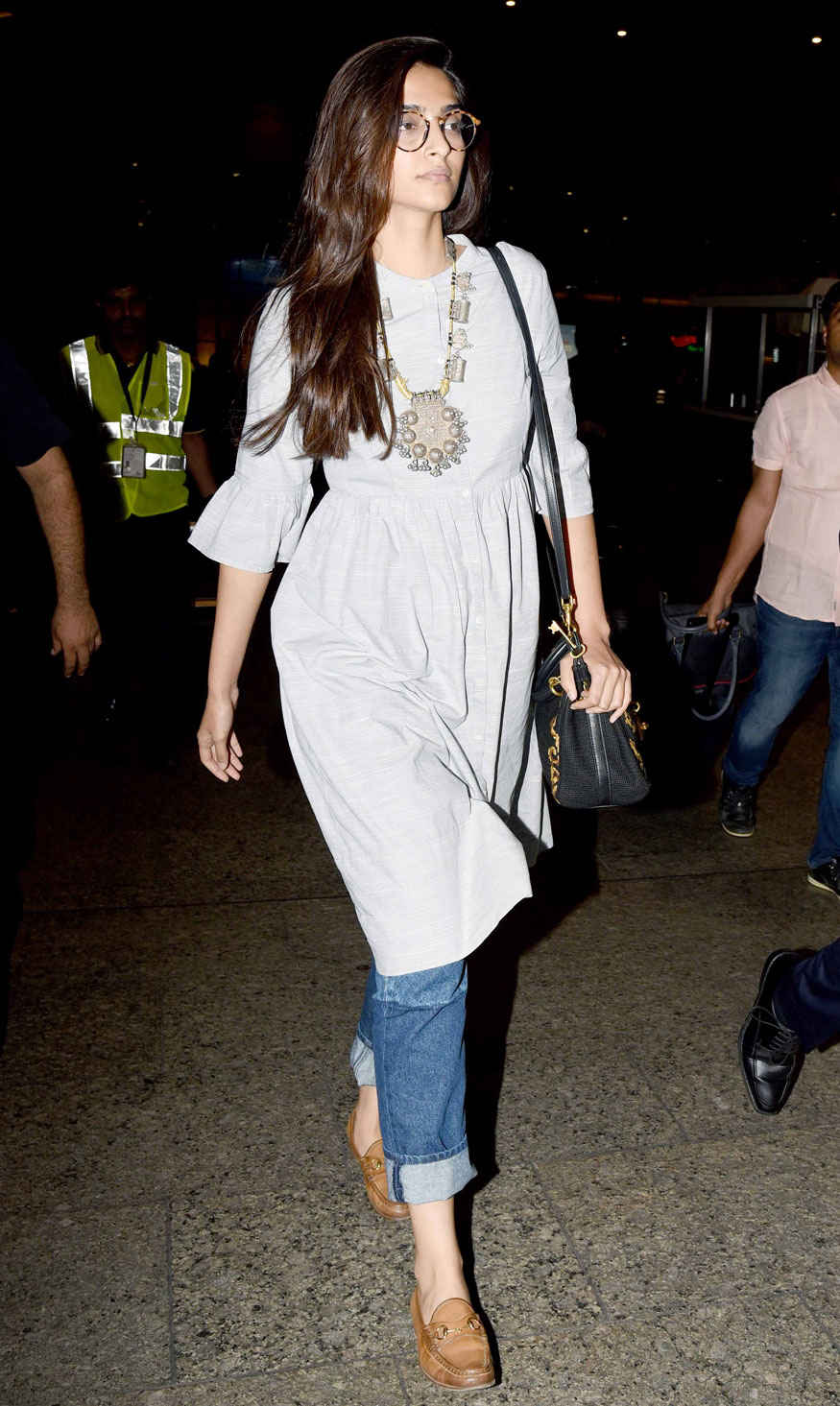 Actress Sonam Kapoor Snapped at Mumbai Airport
