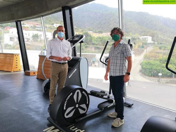 El Cabildo de La Palma inaugura la zona de cardio del complejo deportivo de Miraflores