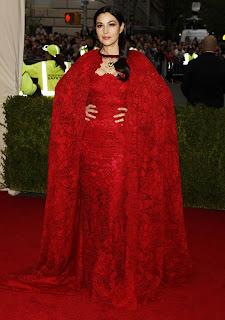Monica Bellucci Posing On Red Carpet 2