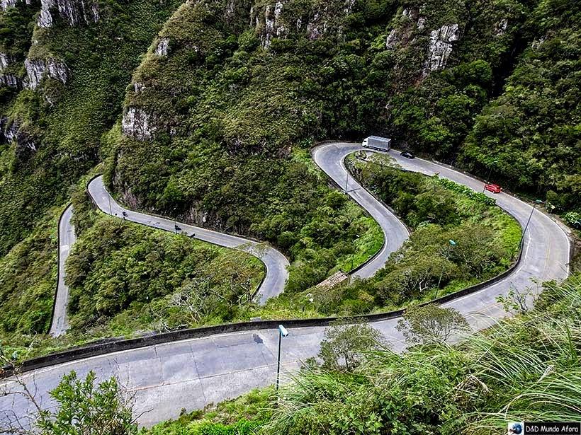 Um dia na Serra do Rio do Rastro em Santa Catarina - Estrada