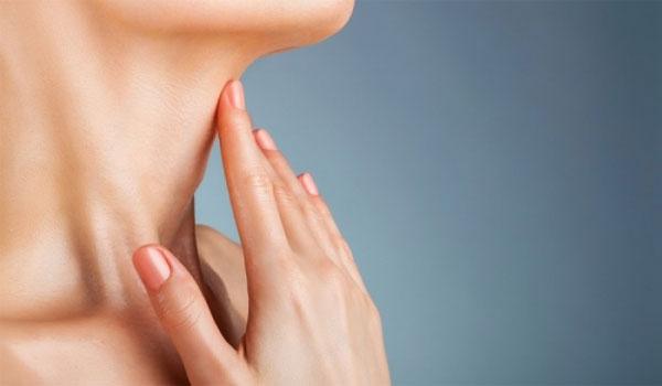 Μάσκα σύσφιξης για λαιμό και προγούλι