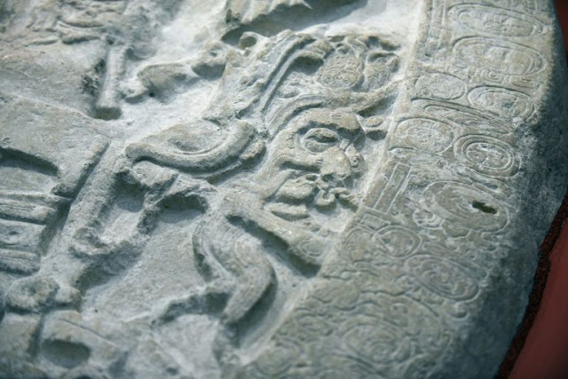 Ancient altar reveals Mayan 'Game of Thrones' dynasty