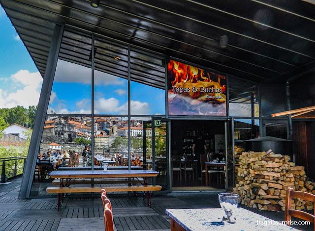 Restaurante Tapas&Buchas, em Vila Nova de Gaia, Portugal