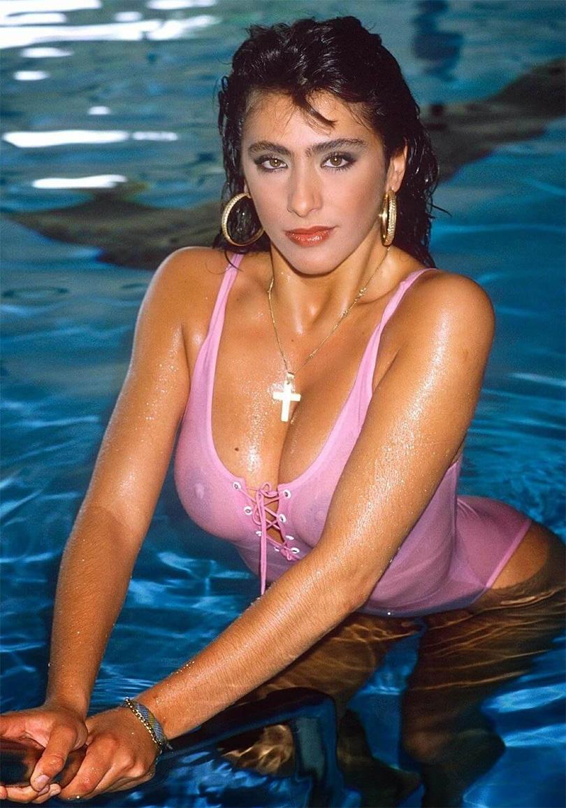 Sabrina-Salerno-Hot