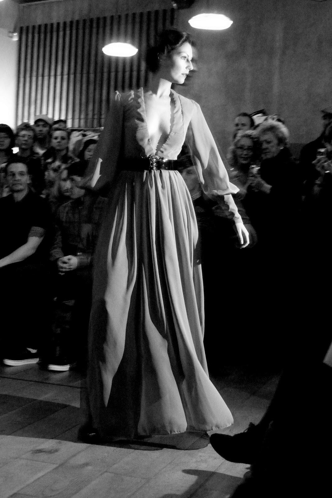 Nottingham Confidential: Flashback Vintage Fashion Show At ...