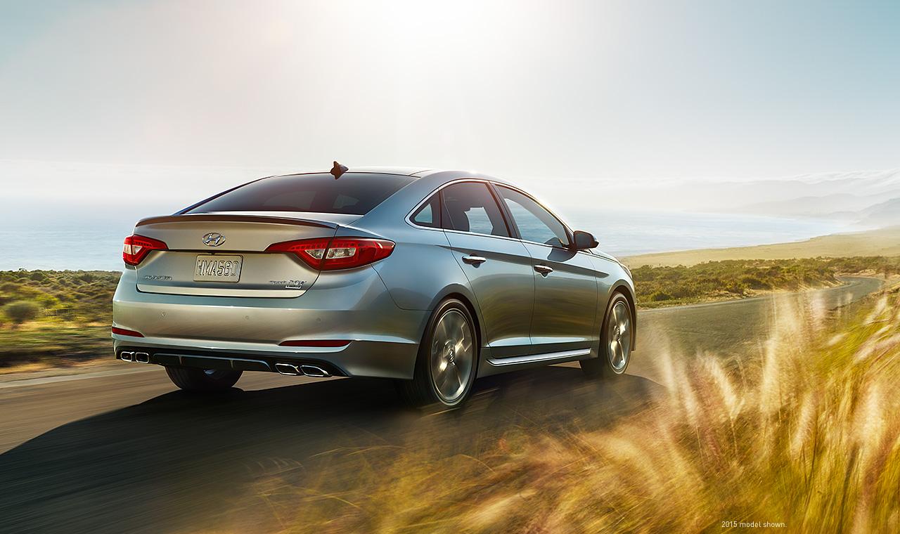 Êm ái, sang trọng, nhẹ nhàng, tình cảm...là những gì nói về Hyundai Sonata 2016
