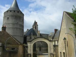 Le b timent fiche historique les ch teaux forts ch teau for Garage renault severac le chateau