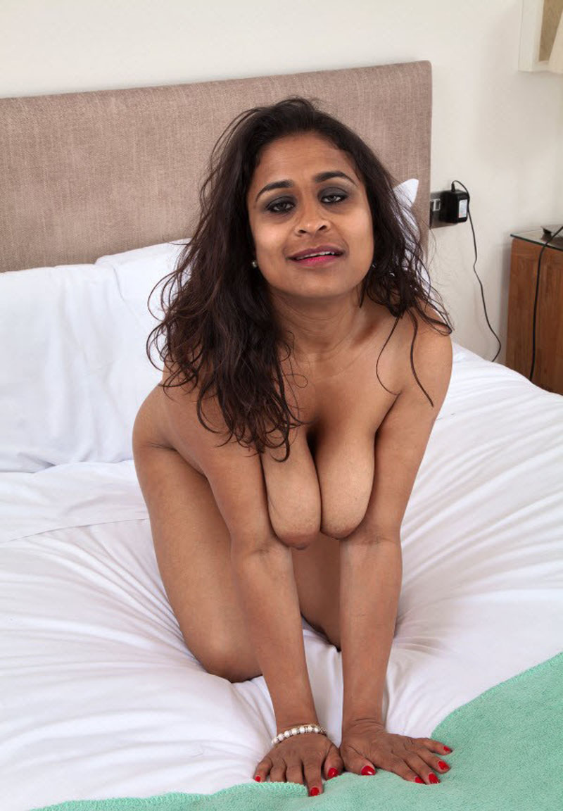Desi Girl Ki Nangi Photo