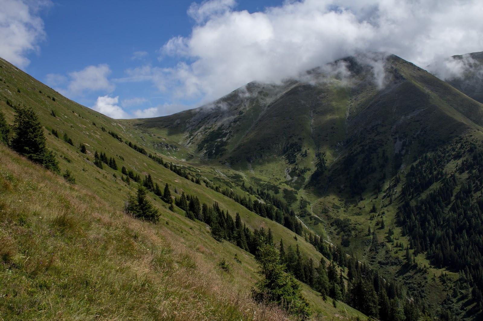 Wanderung vom Ingeringgraben über den Schmähhausrücken auf den Hochreichart. Zweithöchster Gipfel der Seckauer Tauern.