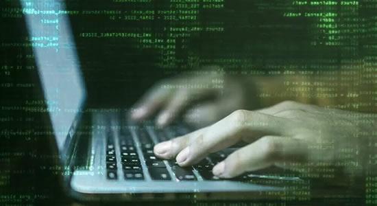 """França contratará mil """"cibersoldados"""" para conter hackers"""