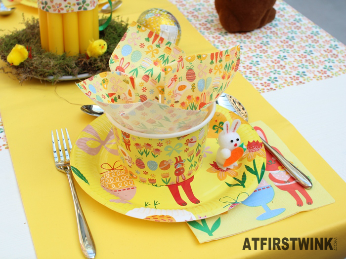 HEMA easter paper plate and bowl napkins