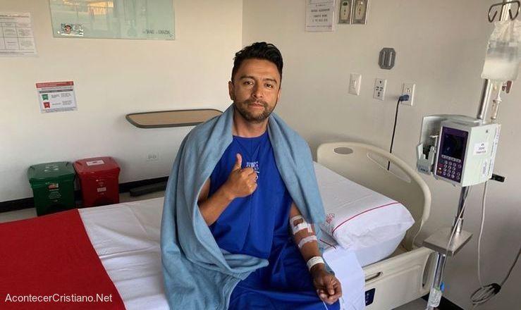 Alex Campos enfermo en hospital