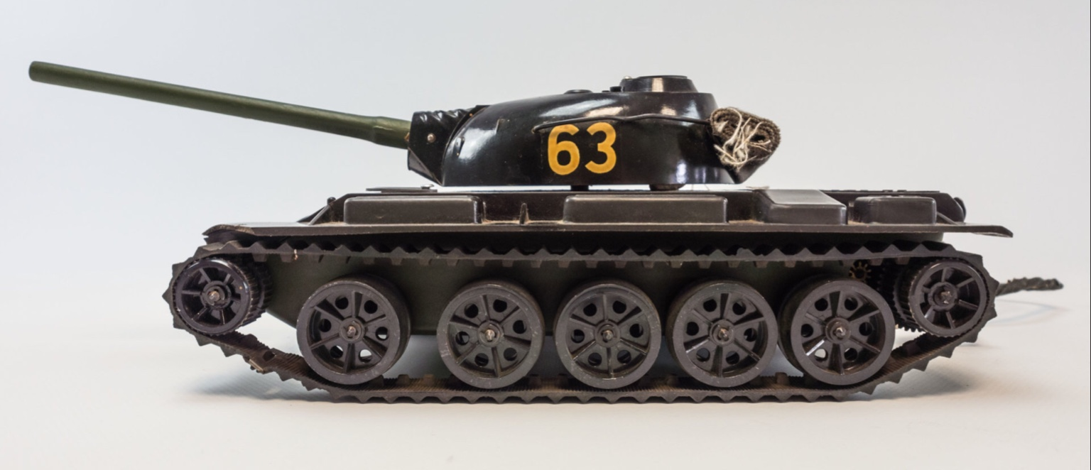Toy Soldiers And Real Battles  Ddr Tank Model T
