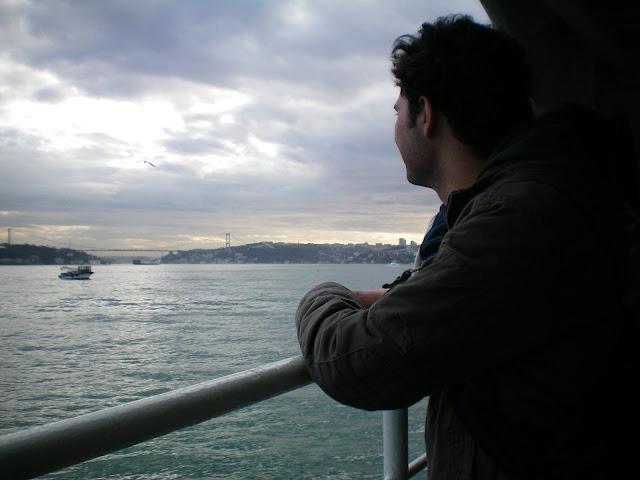 Estambul vista desde un ferry en el Bósforo