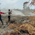 Seakan Ada Pembiaran Oleh PT CPK Inhil, Karhutla di Area Perusahaan Meluas ke Perkebunan Warga