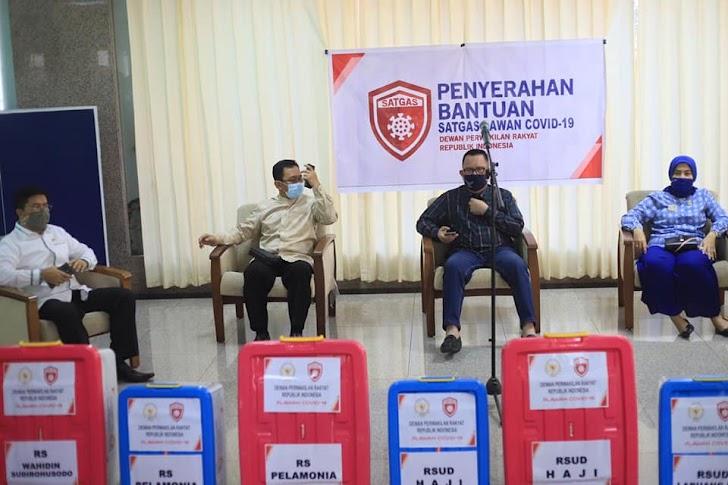 DPRI-RI Di Wakili Satgas Daerah Covid 19 Sulsel Berikan Bantuan Beberapa Rumah Sakit