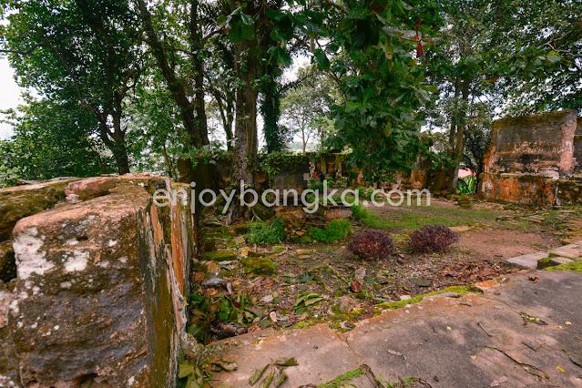 Spot Peninggalan Benteng Toboali di enjoy bangka