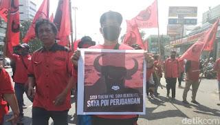 PDIP, Kemana Kalian Disaat Bendera Indonesia Dibakar dan Pancasila Ingin Diperas ?