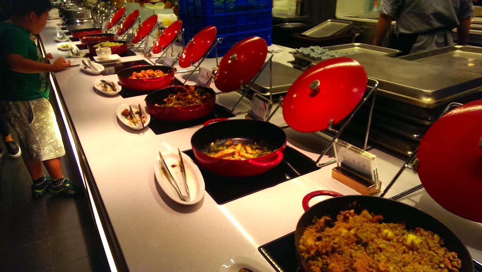 2015 07 01%2B19.19.13 - [食記] 台北京站 - 饗食天堂,有生魚片吃到飽的高級自助餐廳!
