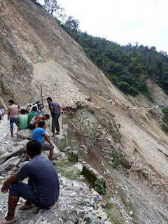 Landslide at seti jhora NH 10
